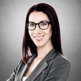 Szczęśliwa młoda biznesowa kobieta obraz stock