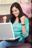 Szczęśliwa młoda kobieta Obraz Stock