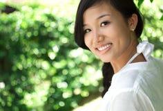 Szczęśliwa młoda kobieta Zdjęcia Stock
