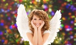 Szczęśliwa młoda kobieta lub nastoletnia dziewczyna z aniołem uskrzydlamy Zdjęcia Royalty Free
