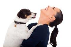 Kobieta psa bawić się Fotografia Royalty Free