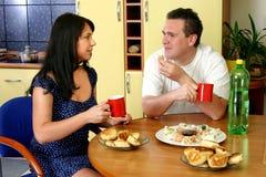 szczęśliwa para śniadaniowa Obrazy Royalty Free