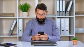 Szczęśliwa pracodawcy use wisząca ozdoba w workspace zbiory