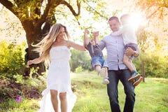 szczęśliwa rodzina zdjęcia stock