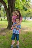 szczęśliwa rodzina zdjęcie stock