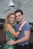 Szczęśliwa romantyczna para w Bangkok, Tajlandia Obrazy Stock
