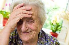 Szczęśliwa stara kobieta obrazy royalty free