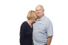 Szczęśliwa starsza para przeciw bielowi Zdjęcia Stock