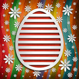 Szczęśliwa wielkanoc - kształt jajko na barwionym tle Fotografia Stock