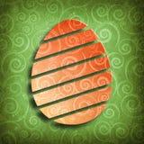 Szczęśliwa wielkanoc - kształt jajko na zielonym tle Zdjęcia Stock