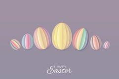 Szczęśliwa Wielkanocna Greating karta 7 pasteli/lów Papierowy rżnięty Wielkanocny jajko Purpurowy tło Fotografia Royalty Free