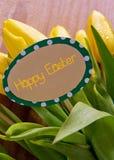 Szczęśliwa Wielkanocna karta i tulipany Zdjęcia Royalty Free