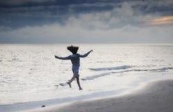 szczęśliwa wolności dziewczyna Zdjęcia Stock