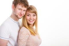 Szczęśliwa zakochana para ściska each inny Zdjęcie Stock