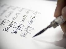 Szczęśliwa ziemskiego dnia kaligrafia i lattering Zdjęcia Royalty Free