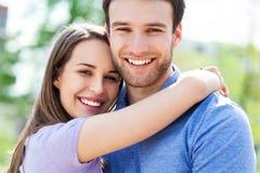 szczęśliwe młode pary obrazy royalty free