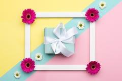 Szczęśliwego Macierzystego ` s dnia, kobiet ` s, dnia, walentynki ` s dzień, lub urodziny Pastelowy cukierek Colours tło Kwiecist Obrazy Stock