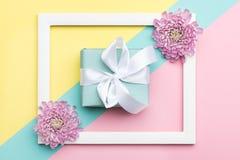 Szczęśliwego Macierzystego ` s dnia, kobiet ` s, dnia, walentynki ` s dzień, lub urodziny Pastelowy cukierek Colours tło Kwiecist Zdjęcia Stock