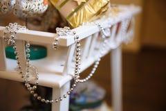 Szczęśliwego nowego roku i Wesoło bożych narodzeń girlandy, dekoracja wakacje Obraz Royalty Free