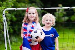 Szczęśliwi dzieciaki, Francuscy futbolowi zwolennicy Zdjęcia Stock