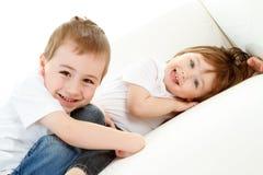Szczęśliwi młode dzieci obraz royalty free