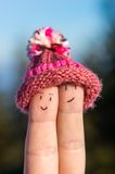 Szczęśliwi palce z nakrętką - zawsze wpólnie Zdjęcia Stock