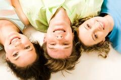 szczęśliwi przyjaciele Fotografia Stock