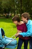 szczęśliwi rodzice Fotografia Royalty Free