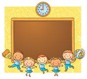 Szczęśliwi schoolkids z blackboard Zdjęcie Stock