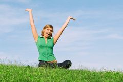 szczęśliwi uśmiechnięci młodych kobiet obrazy stock