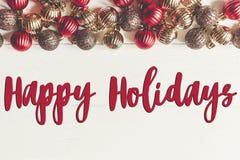 Szczęśliwi wakacje teksty, sezonowy powitanie karty znak bożego narodzenia fla obrazy royalty free