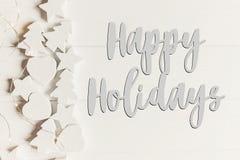 Szczęśliwi wakacje teksty, sezonowy powitanie karty znak minimalnie zdjęcia royalty free