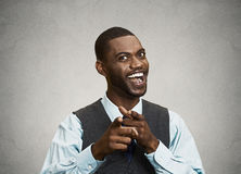 Szczęśliwy biznesmen wskazuje palce przy tobą Obrazy Stock