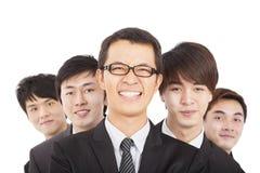 Szczęśliwy biznesmen z biznes drużyną Zdjęcia Stock