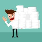 Szczęśliwy biznesowy mężczyzna wiele trzymający papier w ręce i działanie ciężkiego Zdjęcie Stock