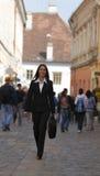 szczęśliwy bizneswomanu miasto Zdjęcie Royalty Free