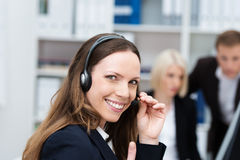 Szczęśliwy centrum telefoniczne operator Fotografia Stock