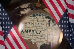 Szczęśliwy Columbus dzień zaznacza my Mapa Amerykański kontynent obrazy stock