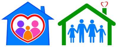 Szczęśliwy dom i zdrowa rodzina Fotografia Royalty Free