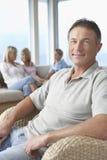 Szczęśliwy Dorośleć mężczyzna W Domu obrazy stock
