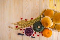 Szczęśliwy dziękczynienie - jesieni owoc dla dziękczynienia Obrazy Royalty Free