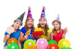 Szczęśliwy dzieciak dziewczyn przyjęcie urodzinowe szybko się zwiększać cukierek Zdjęcia Royalty Free