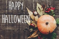 Szczęśliwy Halloween teksta znak, kartka z pozdrowieniami spadku wizerunku mieszkanie nieatutowy B Obraz Royalty Free