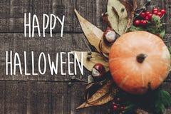 Szczęśliwy Halloween teksta znak, kartka z pozdrowieniami spadku wizerunku mieszkanie nieatutowy B Obraz Stock