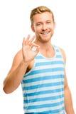 Szczęśliwy mężczyzna daje ok znakowi - portret na białym tle Zdjęcia Royalty Free