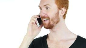 Szczęśliwy mężczyzna opowiada na telefonie komórkowym zbiory wideo