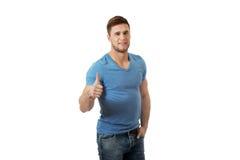 Szczęśliwy mężczyzna z aprobata gestem zdjęcie stock