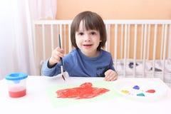 Szczęśliwy małe dziecko obraz z muśnięciem i guaszem Obrazy Royalty Free