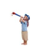 Szczęśliwy małe dziecko z partyjnym rogiem obraz royalty free
