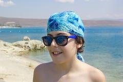 Szczęśliwy Nastoletni przy morzem Obraz Royalty Free